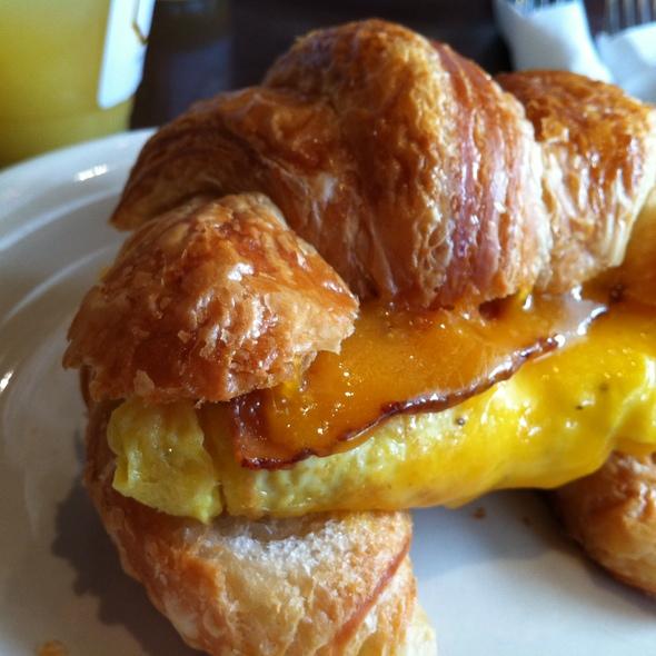 SoNo Egg Sandwich @ SoNo Baking Company & Cafe