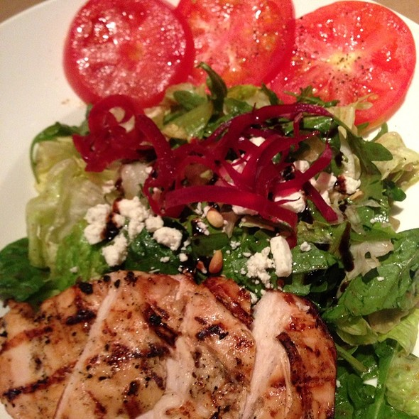 California Grilled Chicken Salad - Jack Astor's - Toronto (Front St.), Toronto, ON