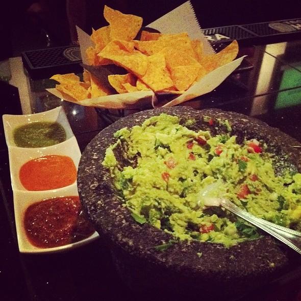 Guacamole - Mago Grill & Cantina - Arlington Heights, Arlington Heights, IL