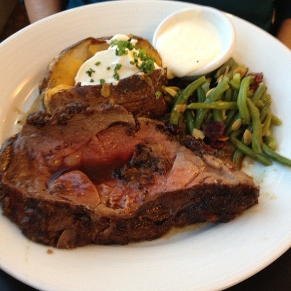 Prime Rib - Mountain View at Penn National Race Course, Grantville, PA