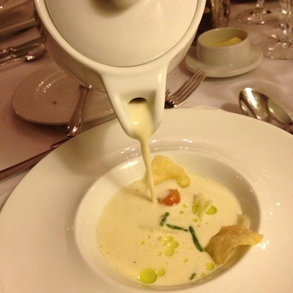 Oyster Soup @ Schackenborg Slotskro
