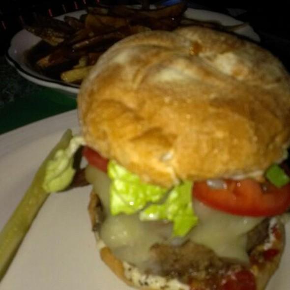 Bacon Mushroom and Swiss Burger