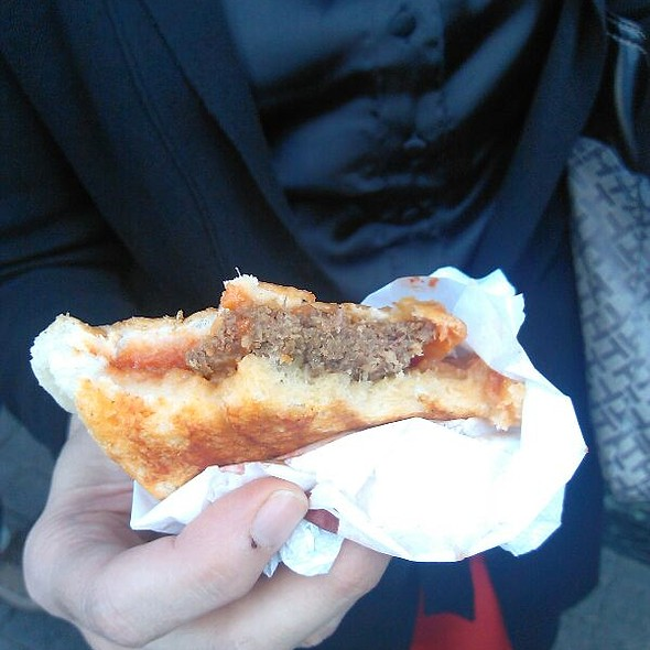 Islak Hamburger @ KIZILKAYALAR HAMBURGER