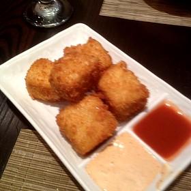 Mac & Cheese Wedges