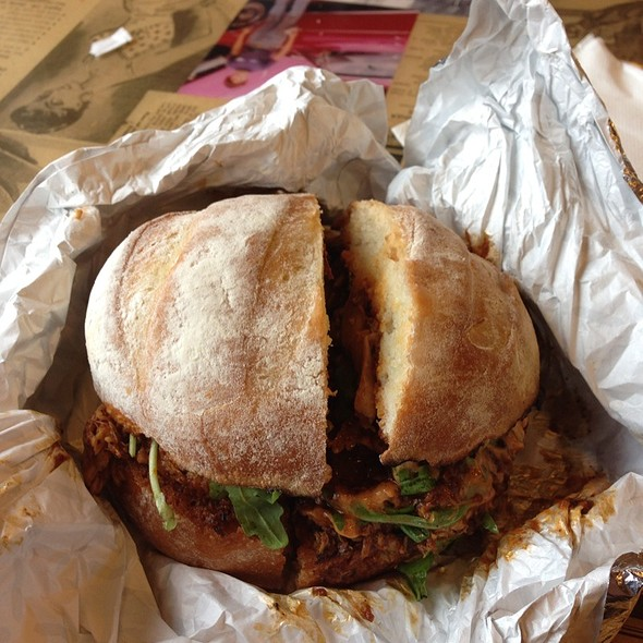 Hickory Smoked Chicken Thighs Sandwich @ Leslieville Pumps