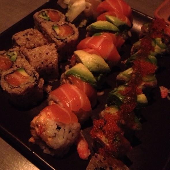 Quinoa Sushi @ Ace Wasabi's Rock N Roll Sushi