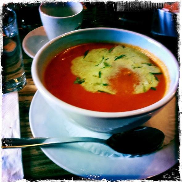 Bloody Merry Soup @ Restaurant Chez Vrony Alpenheim