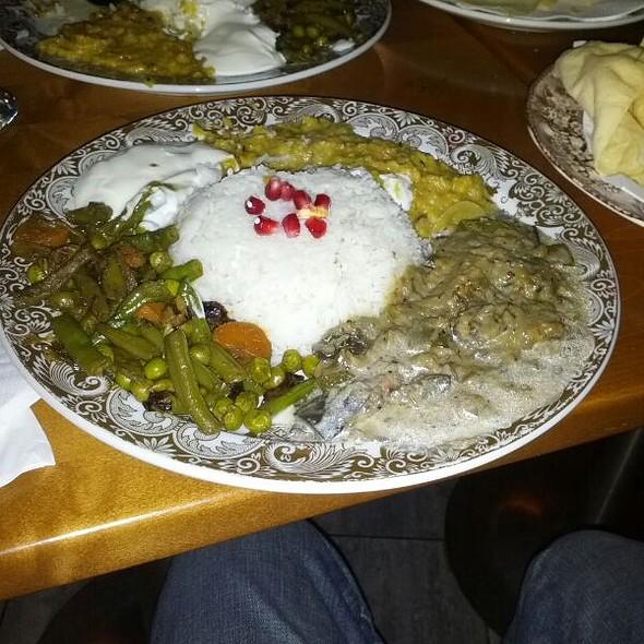 Vegetarian Curry @ DAINADOO