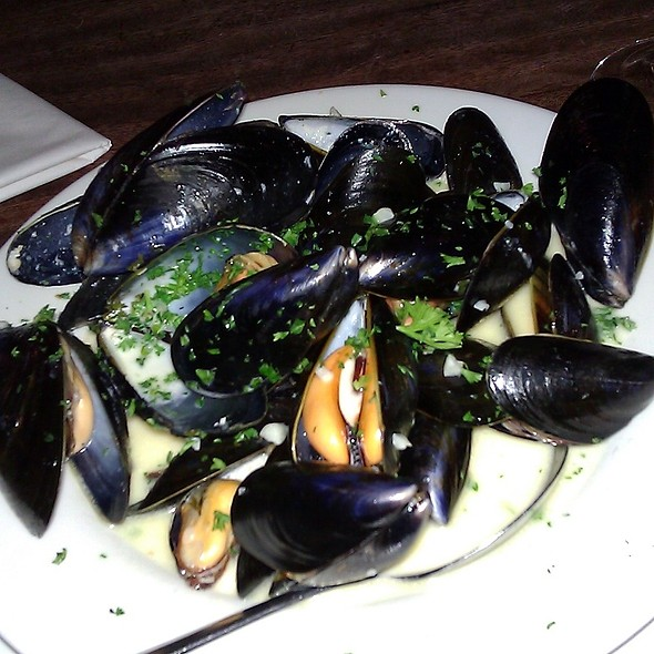 Moules Mariniere @ Pipe of Port