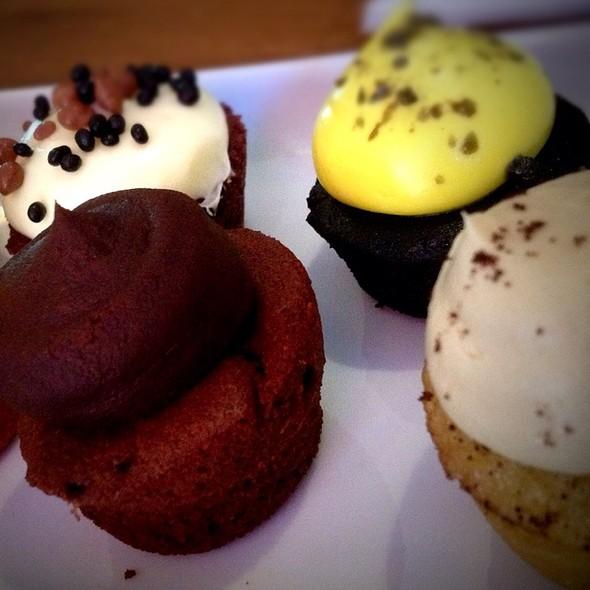 Various Cupcakes @ Cupcake STHLM