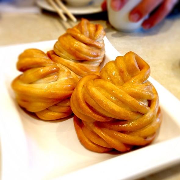Deep Fried Mantao Buns @ Ding Tai Fung Shanghai Dim Sum