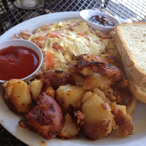Scramble @ Chloe's Cafe