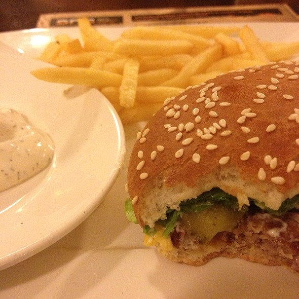 Beeerburger @ Sпб - Сеть Пивных Баров