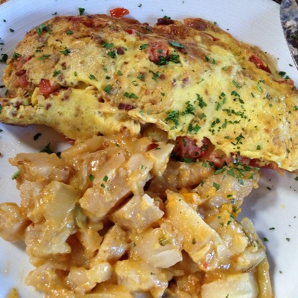 Omelette - Alley Restaurant & Bar, Newport Beach, CA