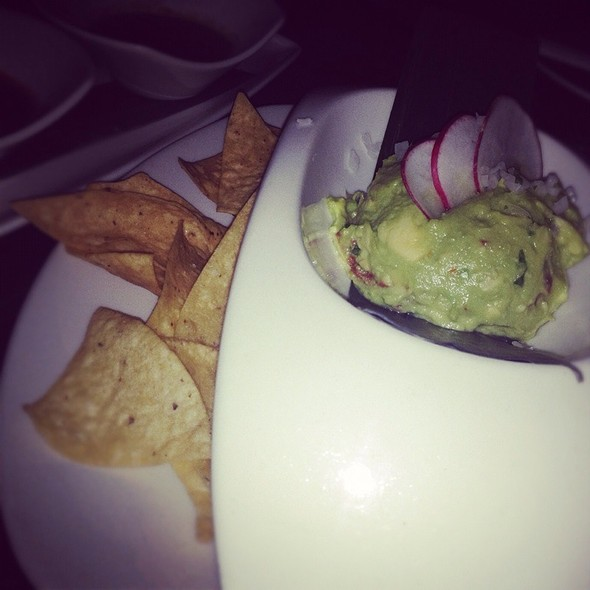 Guacamole and Chips @ Red O