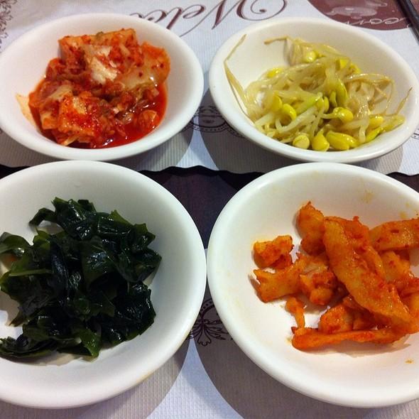 Korean Appetizers @ 韓庭州