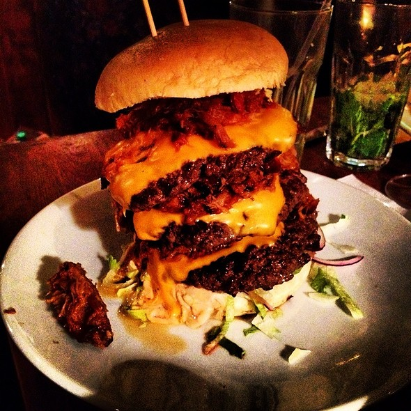 Devastator Burger @ Red Dog Saloon