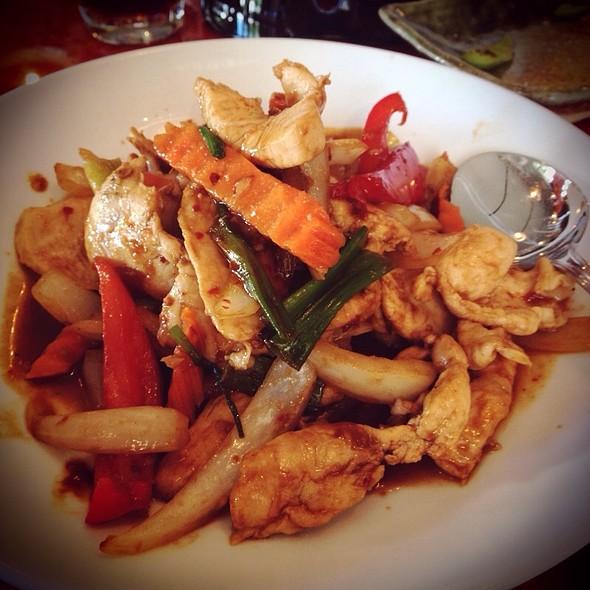 Mongolian Chicken - Palm Sugar Asian Grills & Dessert Bar, West Palm Beach, FL