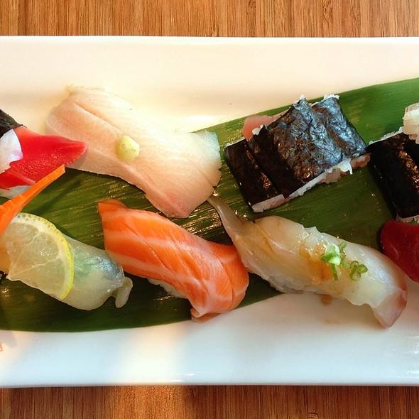 Sushi Set A (Lunch) @ Pinto Bistro Thai & Sushi Bar