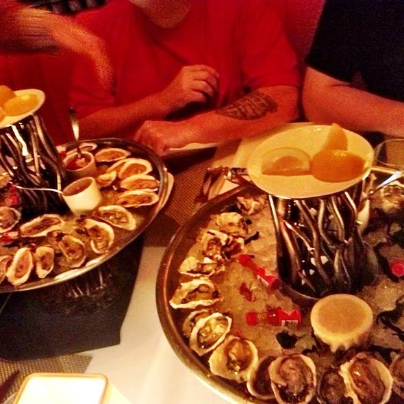 Oyster Happy Hour - Lakeside - Wynn Las Vegas, Las Vegas, NV