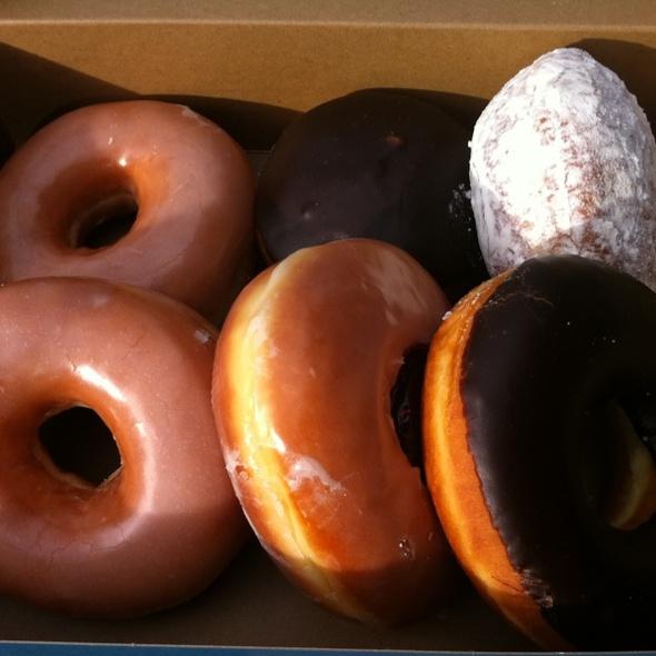 Donuts @ Top Pots Doughnuts