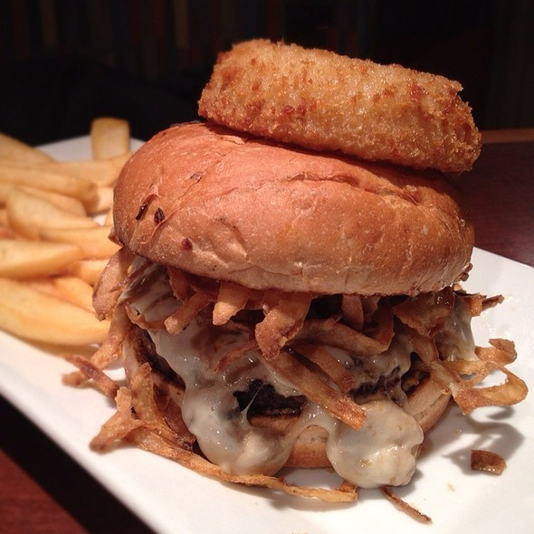 Prime Chophouse Burger @ Red Robin Restaurants Of Canada Ltd