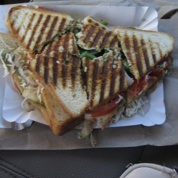 Veg Cheese Grill Sandwich