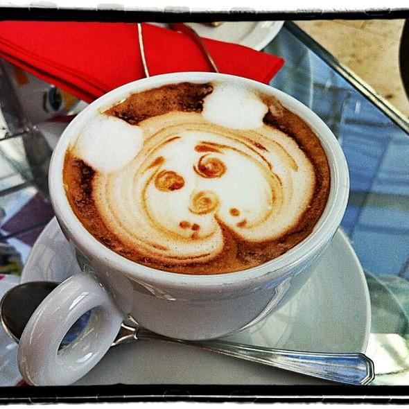 Cappuccino @ Illy L'Espresso
