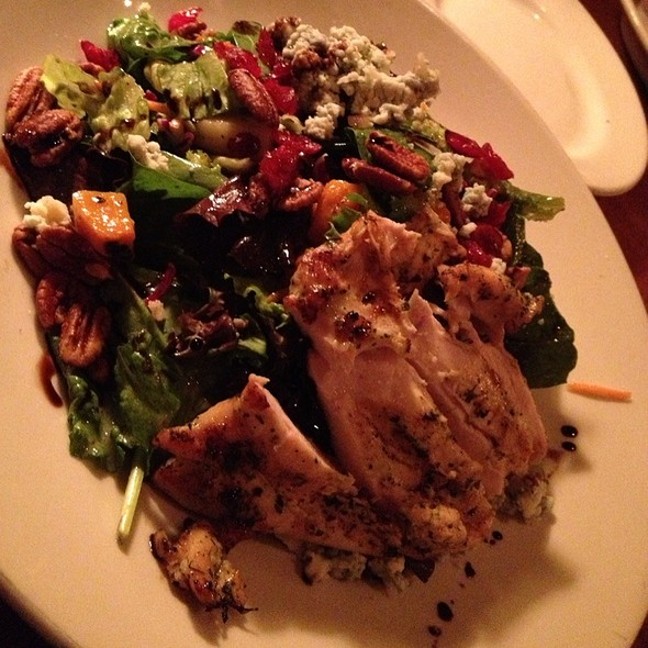Harvest Salad w/ Grilled Chicken - Weber Grill - Lombard, Lombard, IL