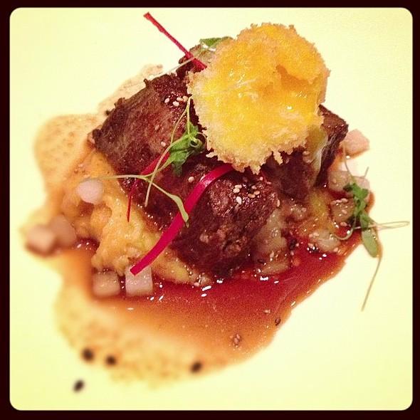 Braised Korean Short Rib. Kimchi Pommes Purée, Asian Pear BBQ Sauce, Panko Egg Yolk. @Sen5esTO www.gwailo.ca @ Sen5es Restaurant & Bar
