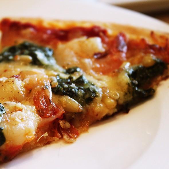 Margherita Pizza @ Cafe Ilang Ilang