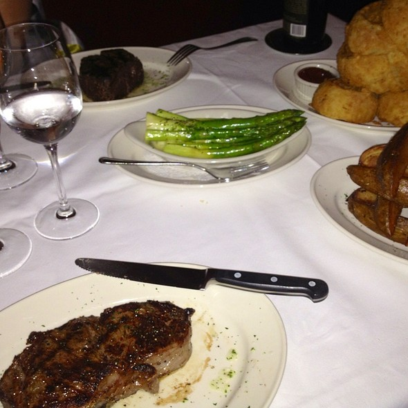 Steaks - Pappas Bros. Steakhouse - Galleria, Houston, TX