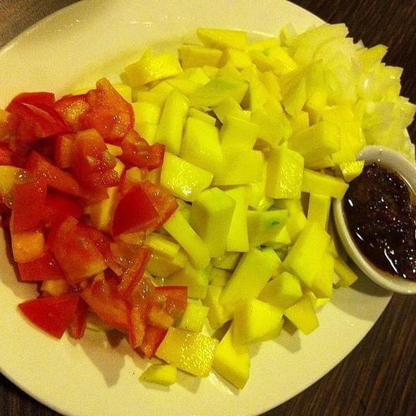 Green Mango Salad @ Chapter One Café