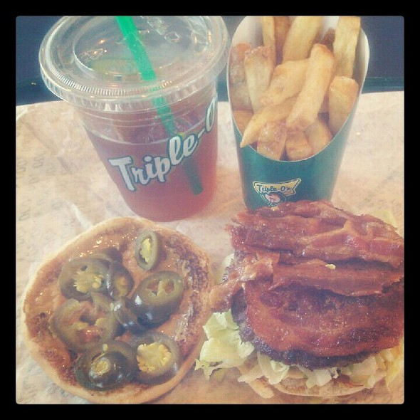 Peanut Butter Bacon & Jalapeno Burger @ Triple O's-Science World