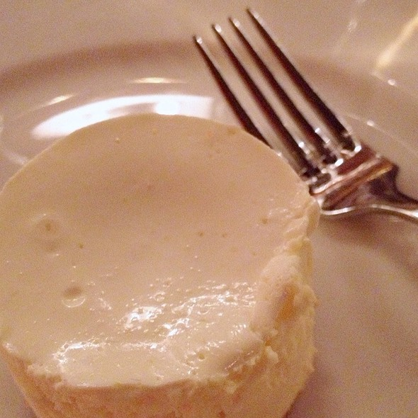 Plain White New York Cheesecake @ Brooklyn Beef Club