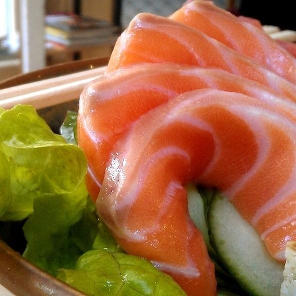 Salmon Sashimi @ Miyabi Sushi