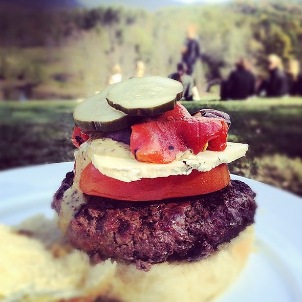 Farm burger @Blackberryfrm @ Blackberry Farm