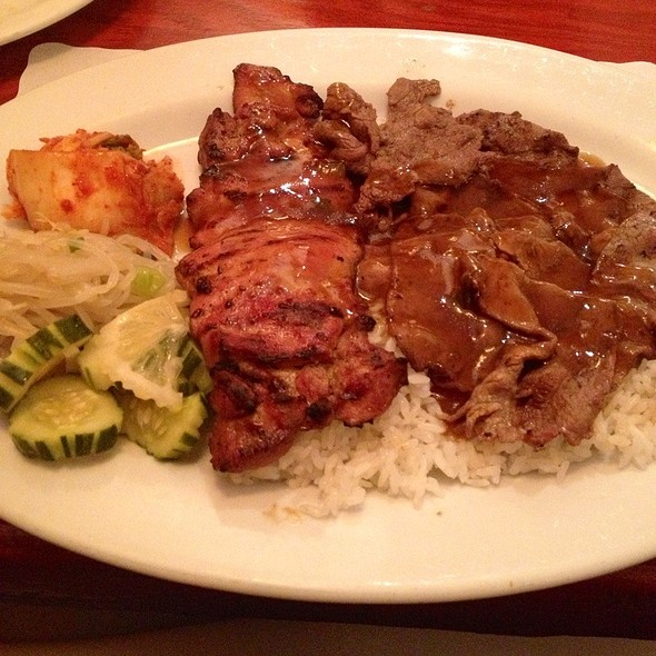 Bbq Chicken & Beef Combo Plate