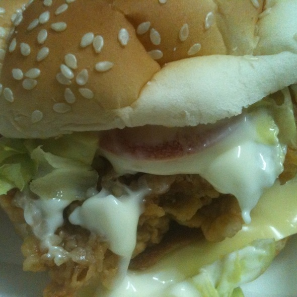 Cheezy Zinger Crunch Burger