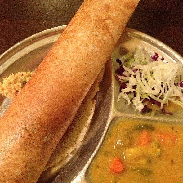 Vegetable Dosa @ Chandni