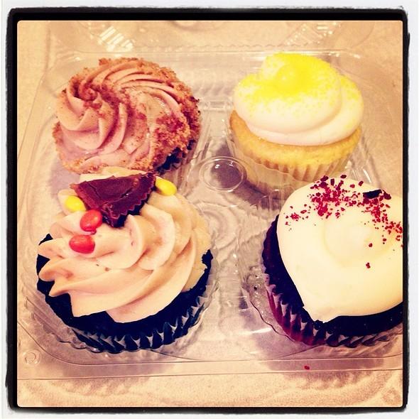 Cupcakes @ Nadia's Cupcakes