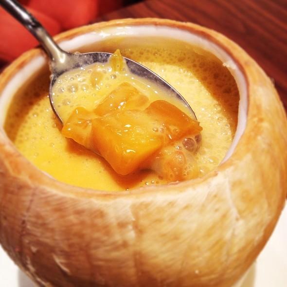 Mango & Sago @ Peach Garden (Changi Airport)