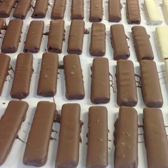 Ραβδοι Σοκολατας  @ Sweet Alchemy Stelios Parliaros