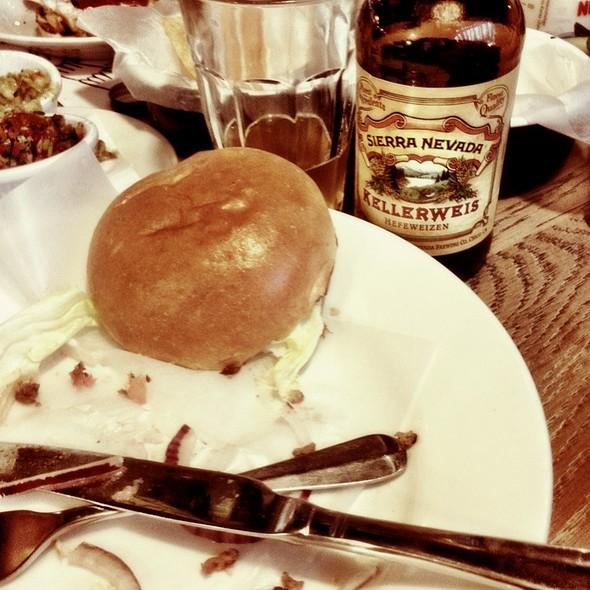 Cheeseburger @ Byron