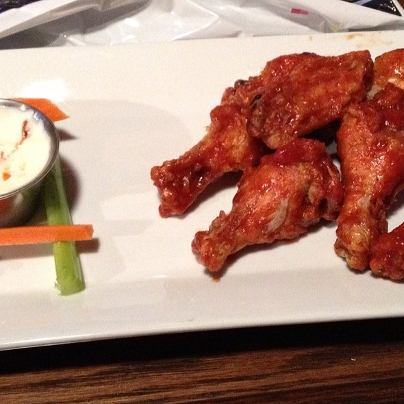 Wings - JoJo's Restaurant & Tap House, Frederick, MD