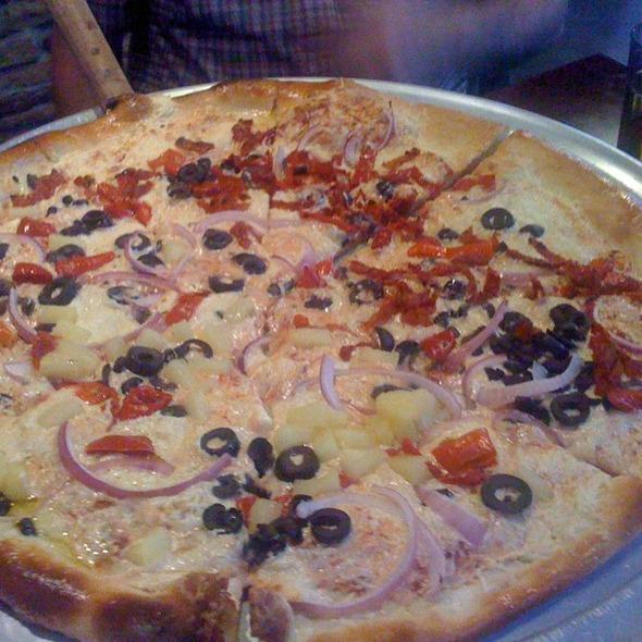 Vegan Pizza @ Turnpike Pizza