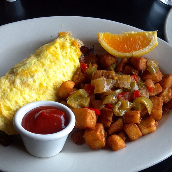 Omelette @ Eastlake Bar & Grill
