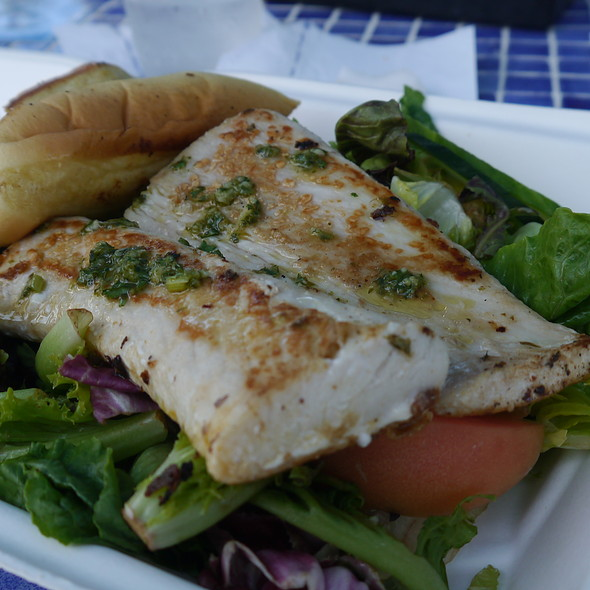 Mahi Mahi @ Atlantico Pool Bar & Grill