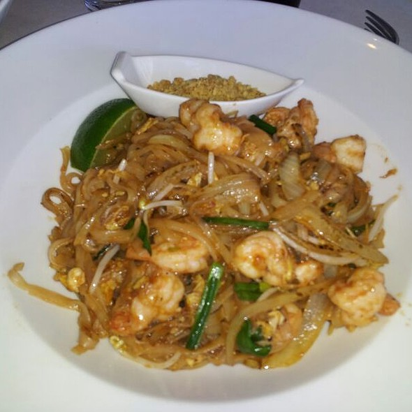 Pad Thai - Jade Asian Fusion and Sushi Bar, Charlotte, NC