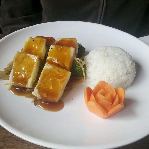 Tofu Teriyaki @ Tokyo Express